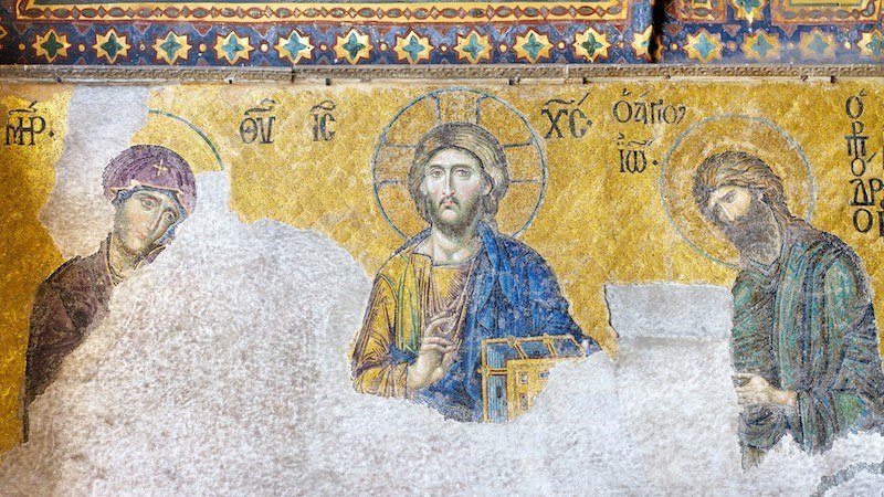 Mosaic of the Deesis (Christ Pantocrator), ca. 1231. Plaster and mosaic stone and glass (19.5 x 13.5 ft). Hagia Sophia, Istanbul, Turkey. Images courtesy: Shutterstock.